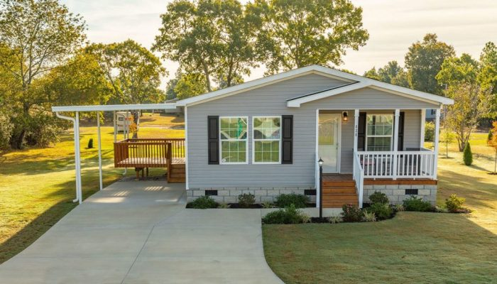 saddlewood-manufactured-homes-aiken-south-carolina-home-carport-porch-yard